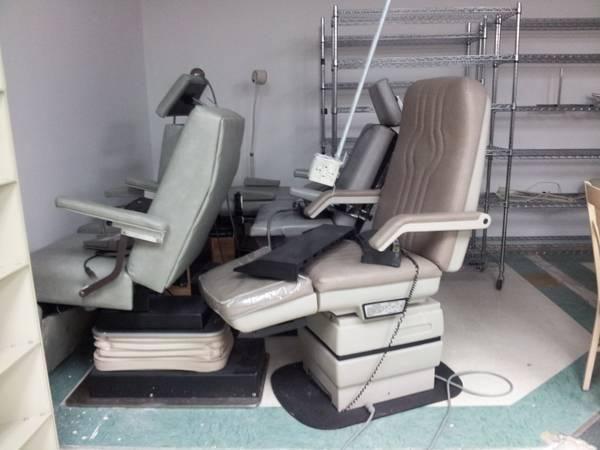 midmark-417-podiatry-chair